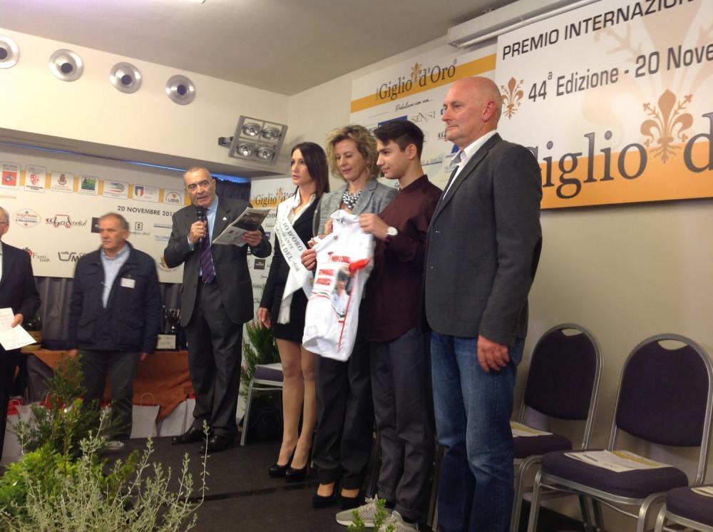 Premio giglio d'oro - Panicucci premiato dalla Cappellotto